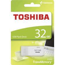 Toshiba THN-U202W0320E4. Capacità: 32 GB
